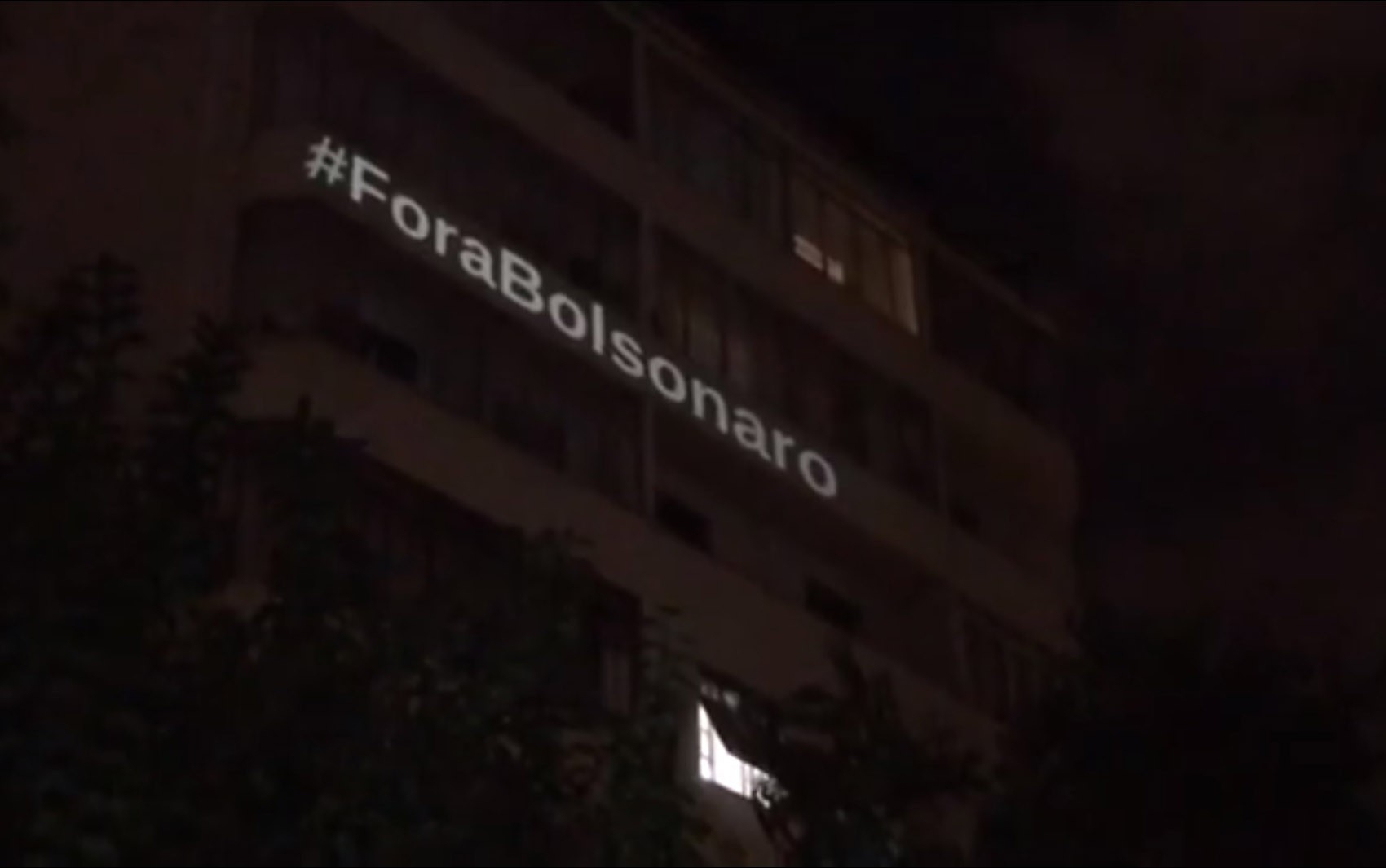 São Paulo tem 12º dia seguido de panelaço contra o presidente Jair Bolsonaro