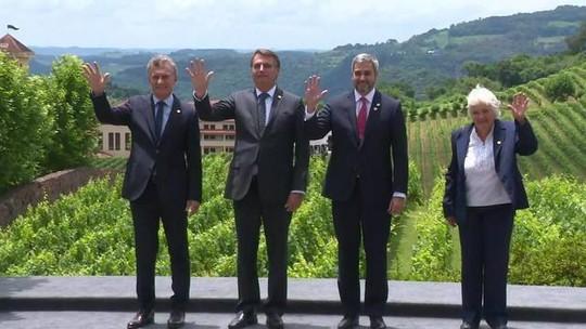 Bolsonaro diz que impostos sobre importação afetam a produtividade
