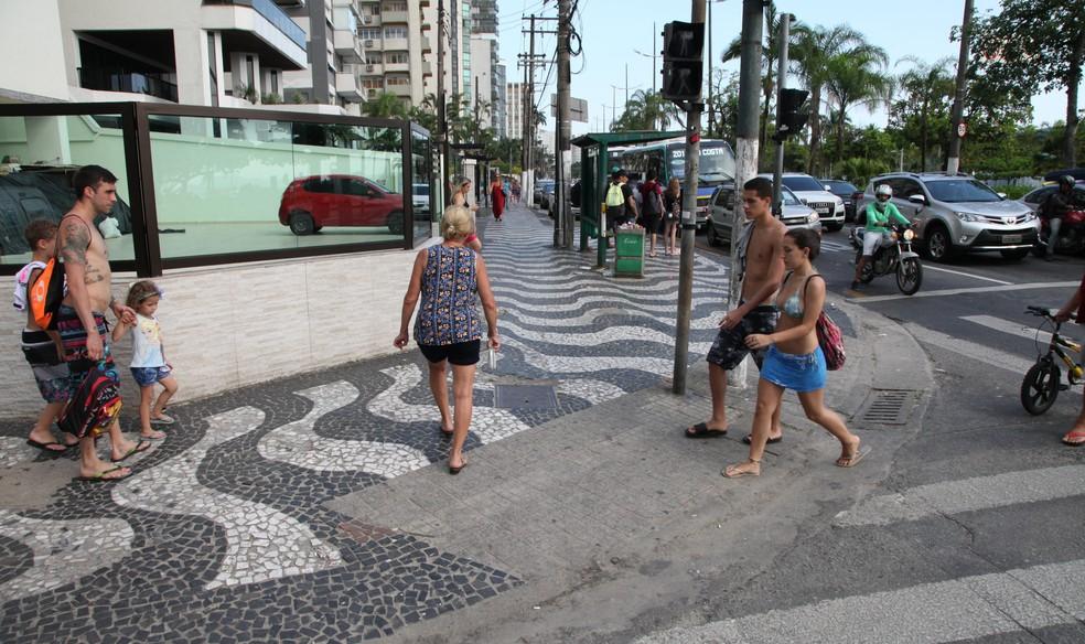 Obras garantirão acessibilidade nas calçadas do Embaré, em Santos, SP (Foto: Marcelo Martins/Prefeitura de Santos)