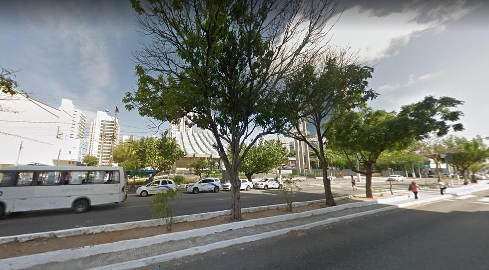 Avenida Marechal Deodoro da Fonseca, na Cidade Alta, em Natal — Foto: Google