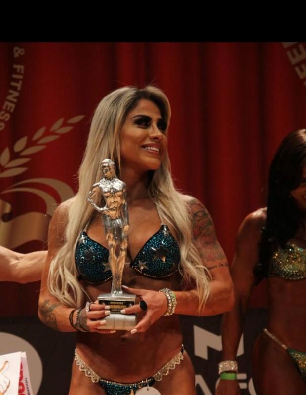 Vanessa Mesquita garante vice em concurso (Foto: Nelson/Divulgação)