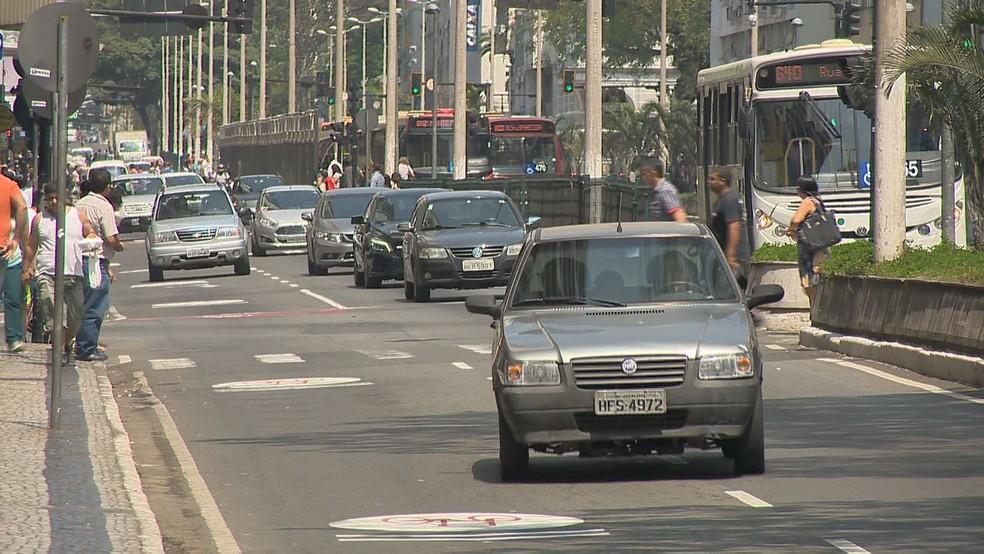 -  Número de infrações de trânsito com motoristas inabilitados aumentam em Juiz de Fora  Foto: Reprodução/TV Integração