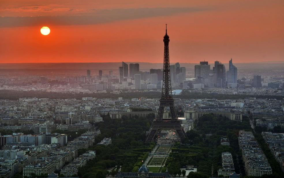 -  Vista de Paris com destaque para a Torre Eiffel  Foto: Free-Photos/Creative Commons