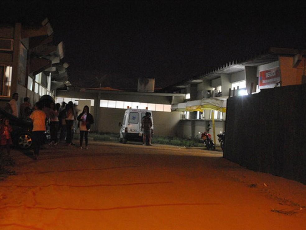Após a agressão, vítima foi encaminhada para o Hospital de Base de Vitória da Conquista — Foto: Anderson Oliveira/Blog do Anderson