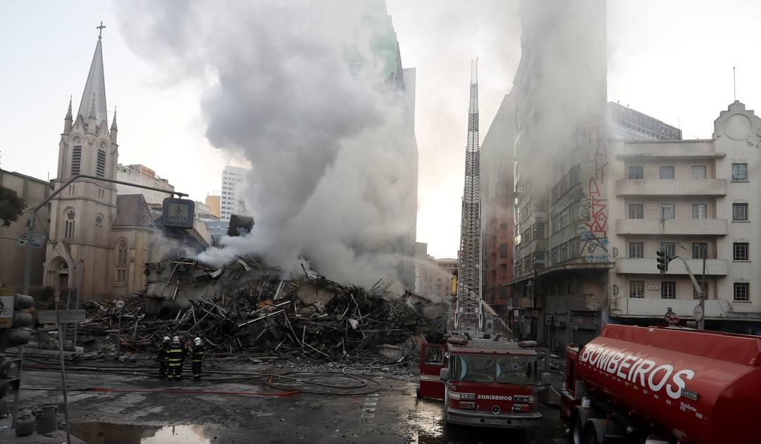 Prédio desabou após incêndio na região do Largo do Paissandu