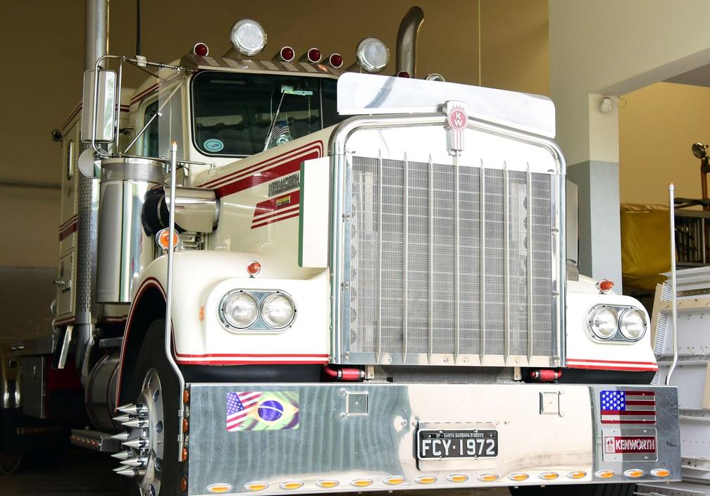 Caminhão importado dos Estados Unidos pelo empresário Júlio Ometto — Foto: Luciano Calafiori/G1
