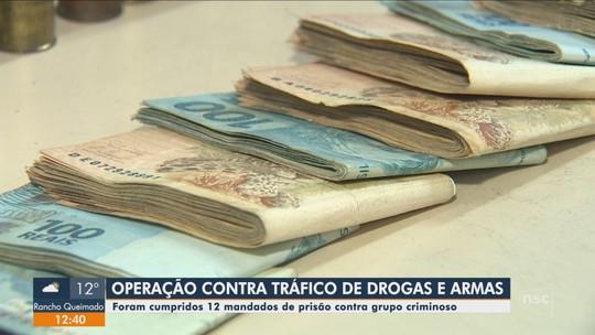 Polícia apreende carro de luxo, armas e prende suspeitos em operação na Grande Florianópolis e no Sul de SC