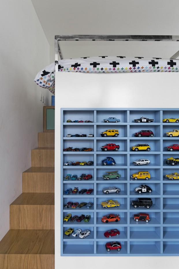 Apartamento ganha novo quarto para os irmãos, com direito à brinquedoteca (Foto: Alain Brugier)