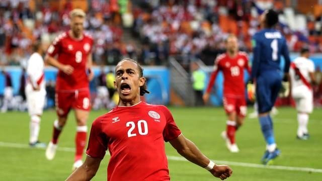 Poulsen, do RB Leipzig, fez o gol da vitória da Dinamarca sobre o Peru
