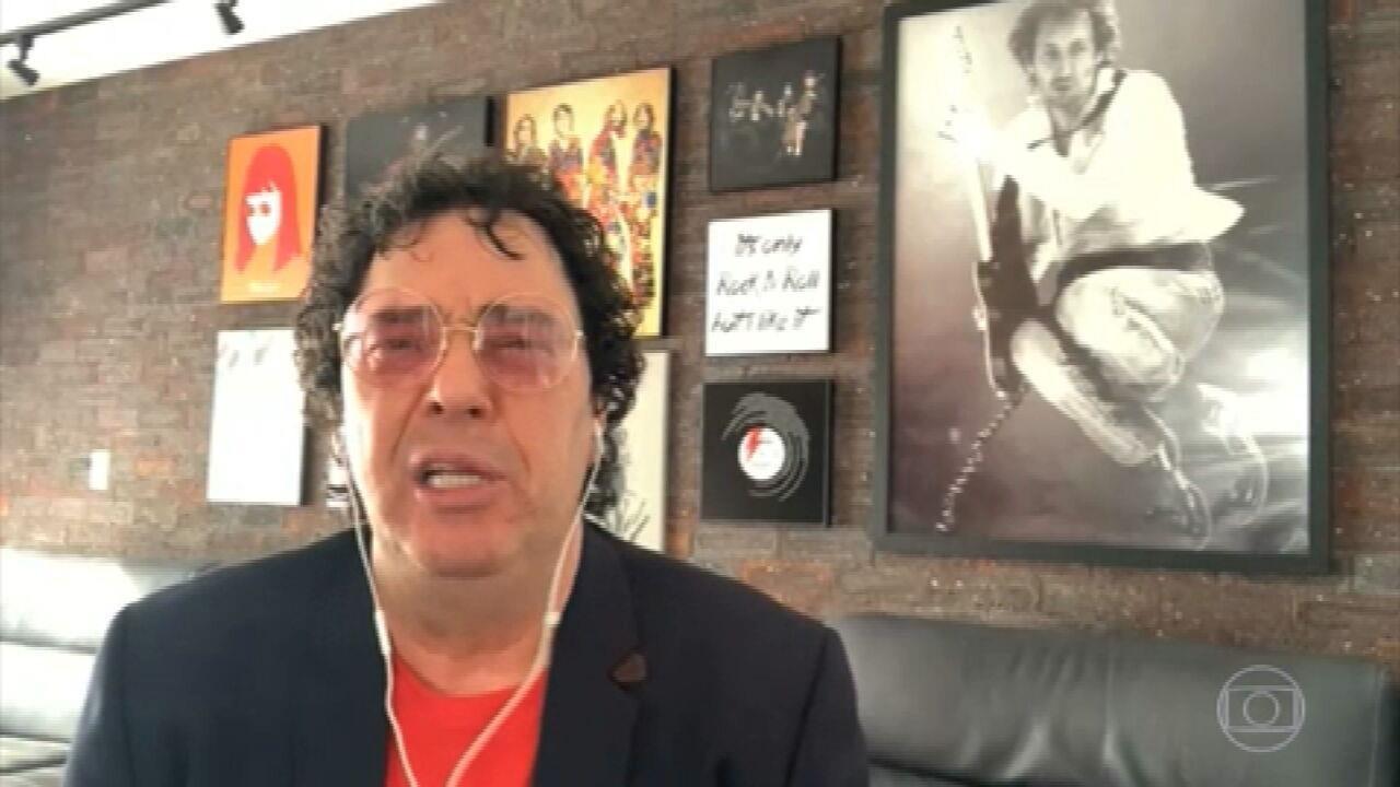 Personalidades do esporte, famosos e clubes homenageiam Diego Maradona