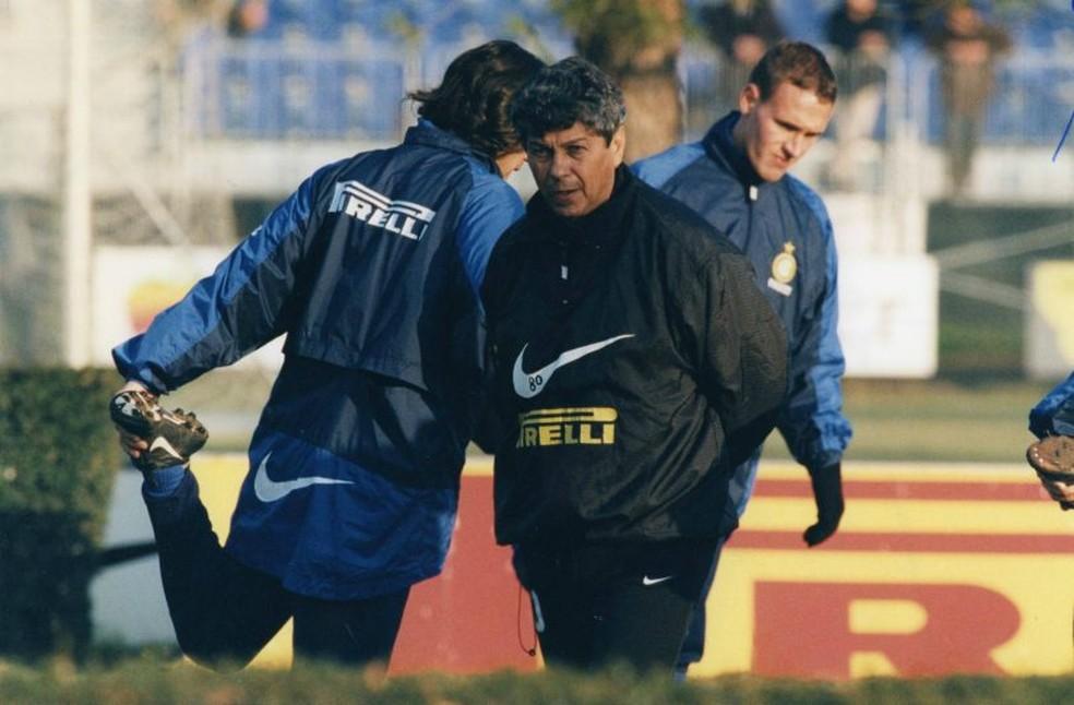 Mircea Lucescu ficou cinco anos no Brescia e depois treinou a Inter de Milão entre 1997 e 1998 — Foto: Reprodução / Site Oficial