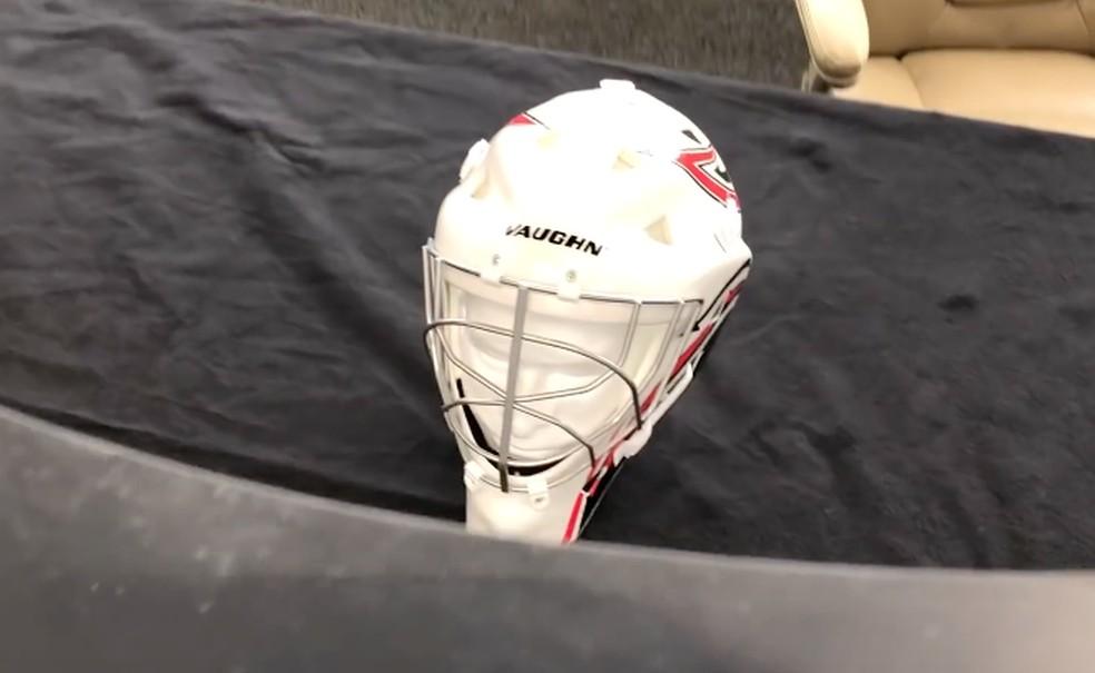 Câmera se aproxima para revelar capacete escondido — Foto: Reprodução/HyperStealth