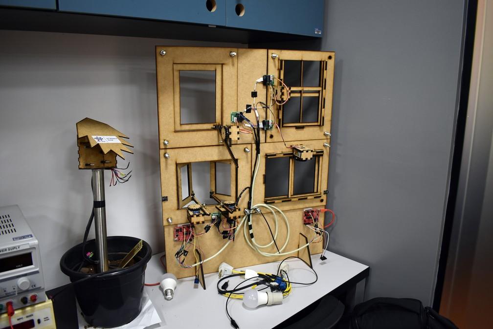 Janelas inteligentes podem funcionar integradas com sensores de gases — Foto: Régis Melo