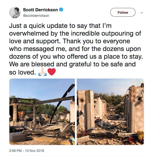 Um post do cineasta Scott Derrickson no Twitter mostrando o que restou da casa dele após o incêndio que a consumiu (Foto: Twitter)