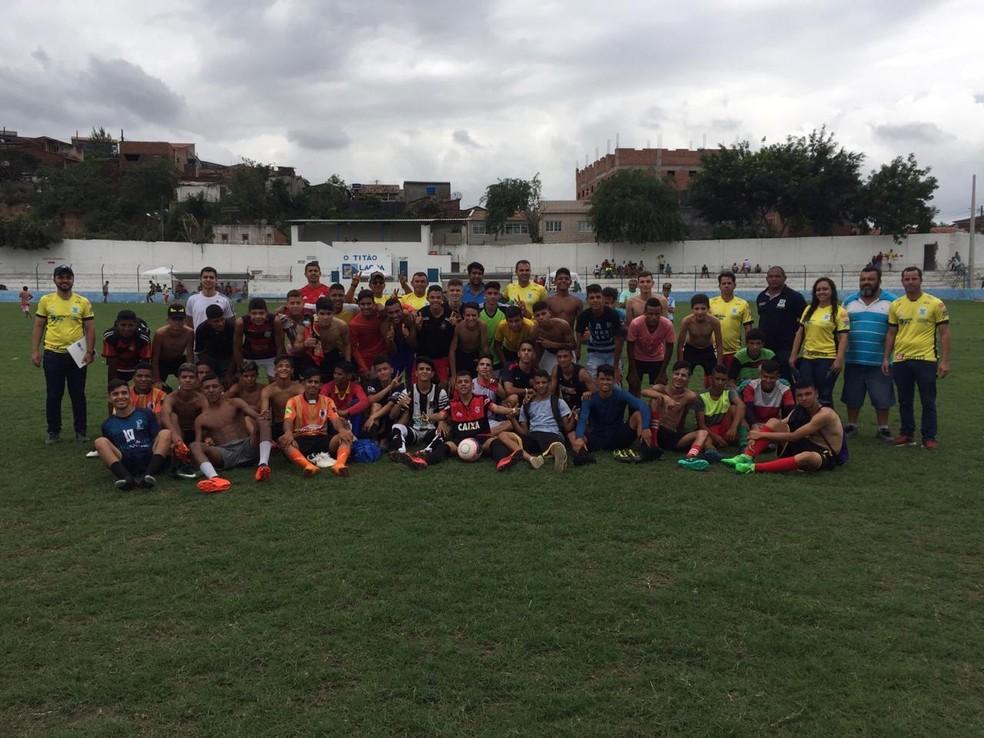 Participaram da peneira garotos de 16 a 19 anos — Foto: Divulgação / Sport-PB
