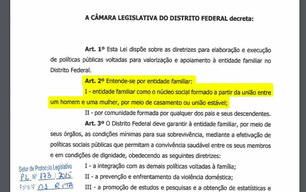 Projeto aprovado pela Câmara do DF define 'entidade familiar' como união entre homem e mulher (Foto: CLDF/Reprodução)