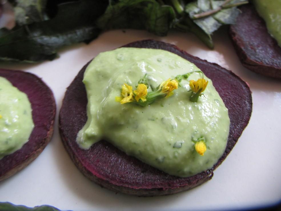 Maionese de Abacate. Consumidor pode variar uso do fruto na culinária — Foto: Divulgação/Abacates do Brasil