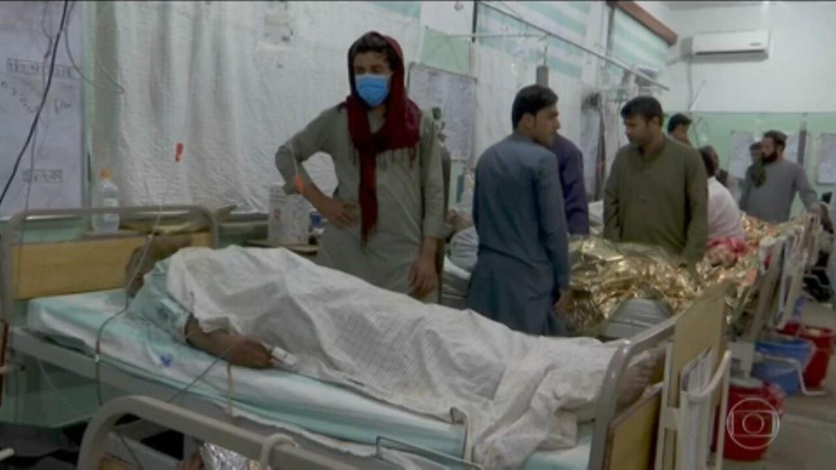 Ataque terrorista mata 35 e fere mais de 60 em mesquita no Afeganistão