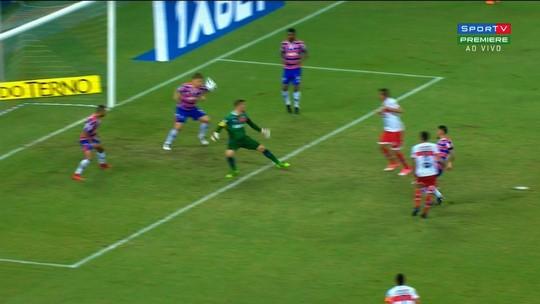 Arbitragem prejudica o CRB na derrota por 3 a 1 para o Fortaleza; vídeos