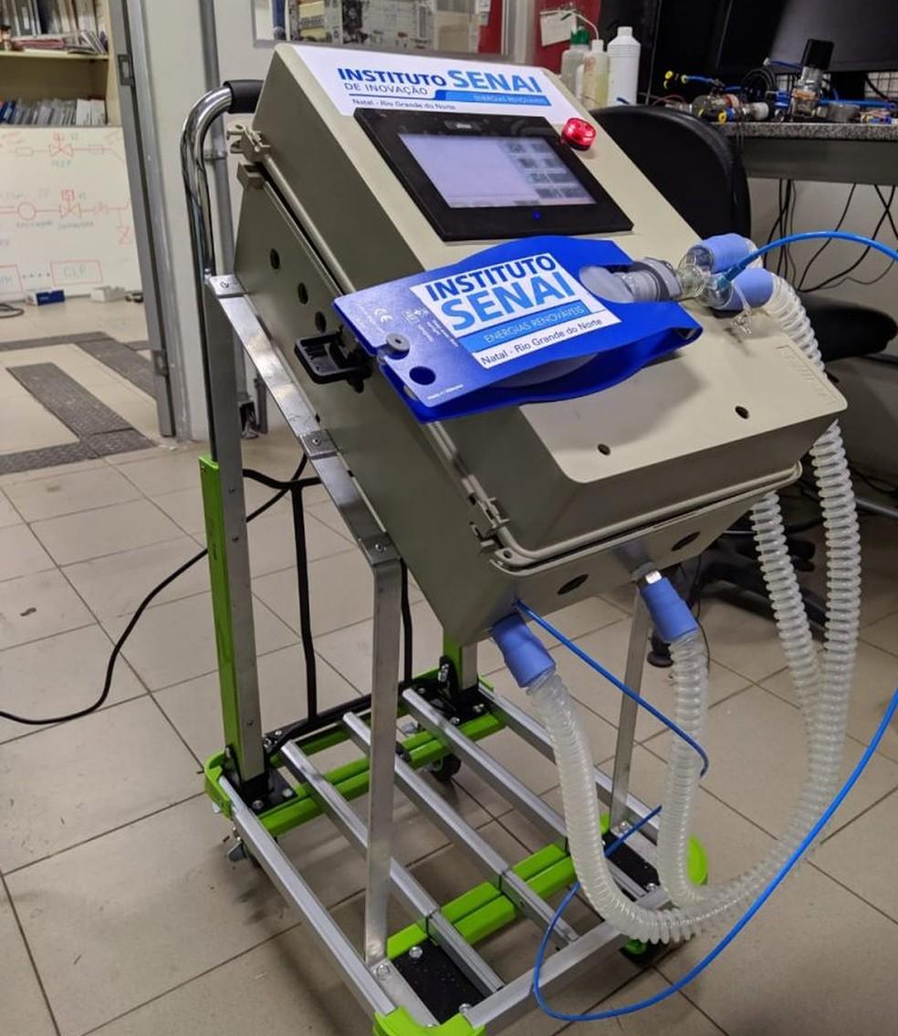 Respiradores foram desenvolvidos por equipe de engenheiros do Senai — Foto: Divulgação