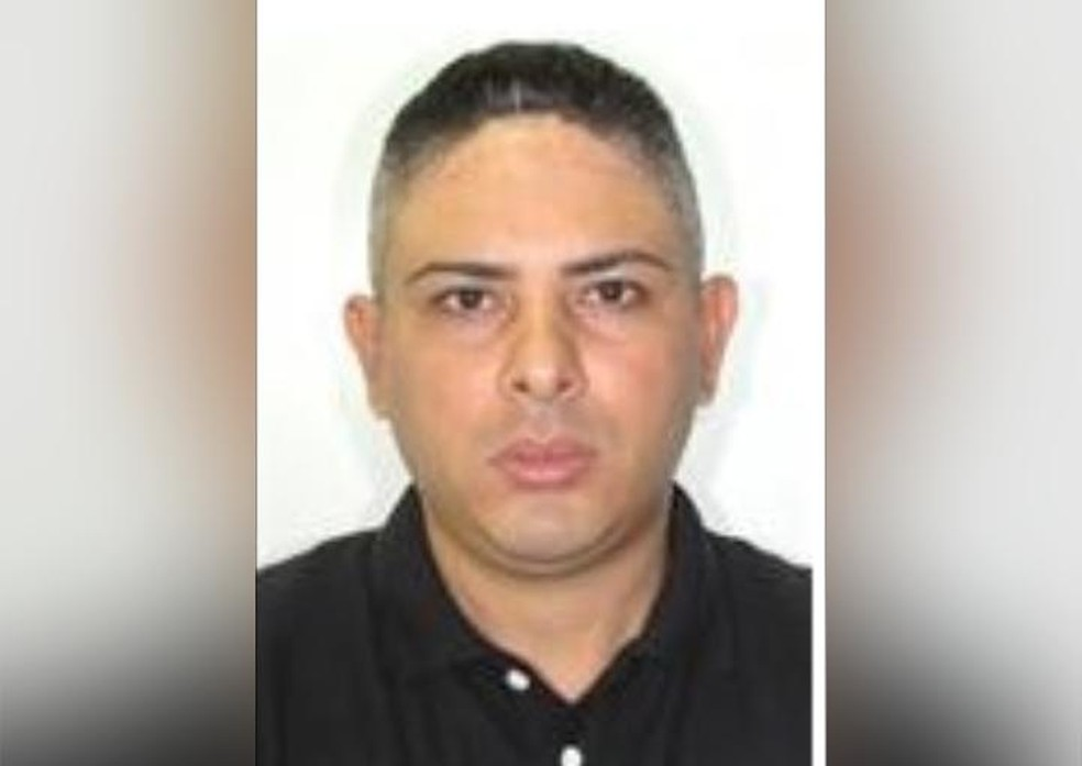 Rafael Ferreira Barbosa, de 38 anos, foi morto com um tiro na cabeça na última quinta-feira (23), após uma discussão com o filho. — Foto: Arquivo pessoal