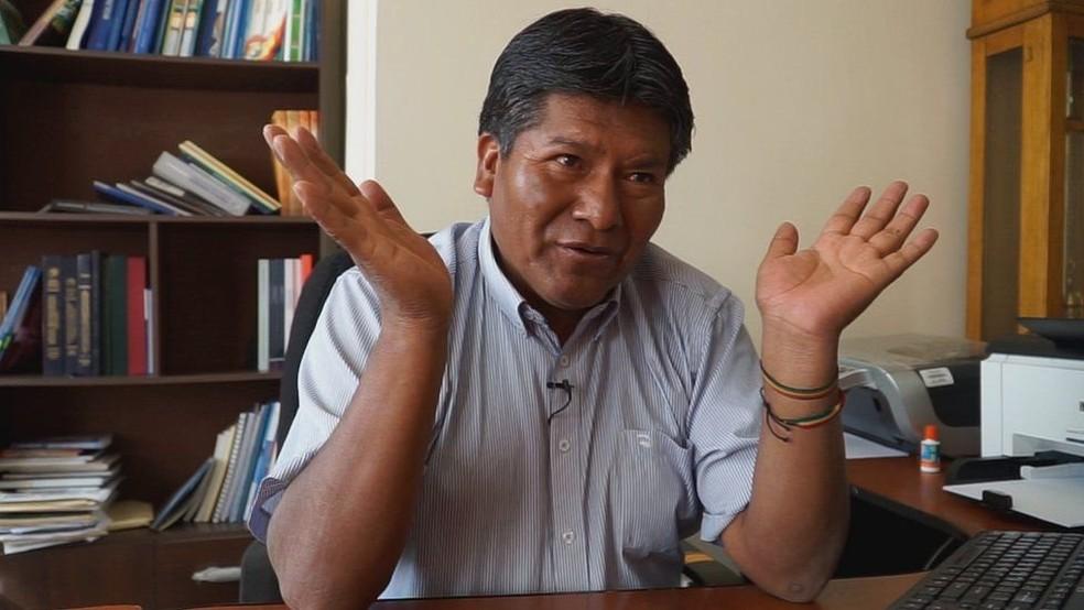 'O que é preciso deixar claro é que não são as leis que fazem a natureza, mas a natureza é quem faz as leis', diz o governador do Departamento de Oruro (Foto: BBC)