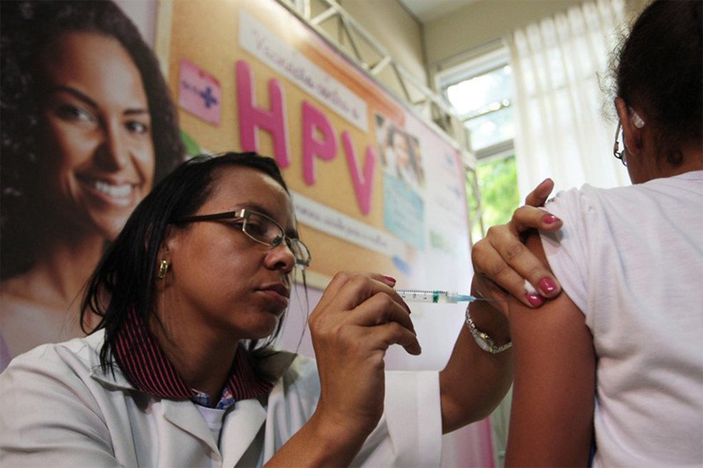 O melhor método de prevenção ao HPV é a vacina — Foto: Rodrigo Nunes/Ministério da Saúde