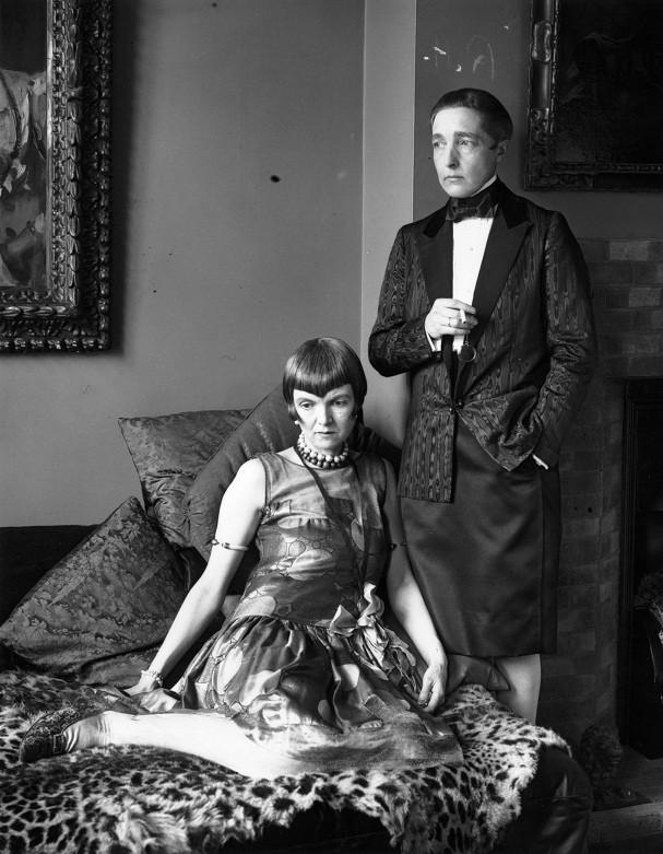 Radclyffe Hall com a esposa Una (Foto: Getty Images)