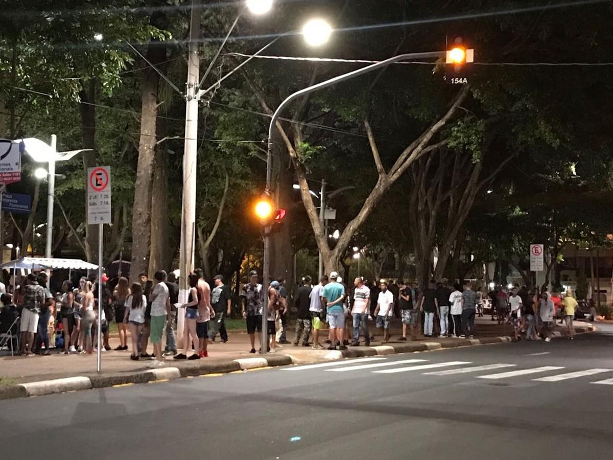 'Rolezinho de Halloween' reúne multidão em Campinas e mobiliza PM e Guarda