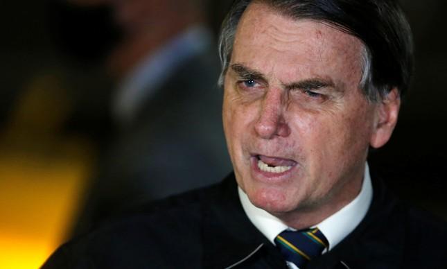 Jair Bolsonaro dá entrevista após divulgação de vídeo pelo STF