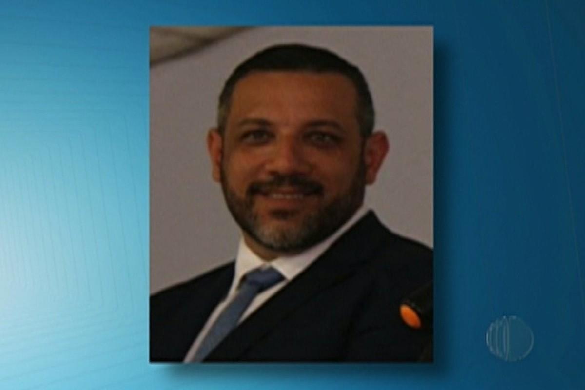 Leitura de relatório de CEI que pede afastamento de prefeito de Biritiba Mirim dura quase 13 horas