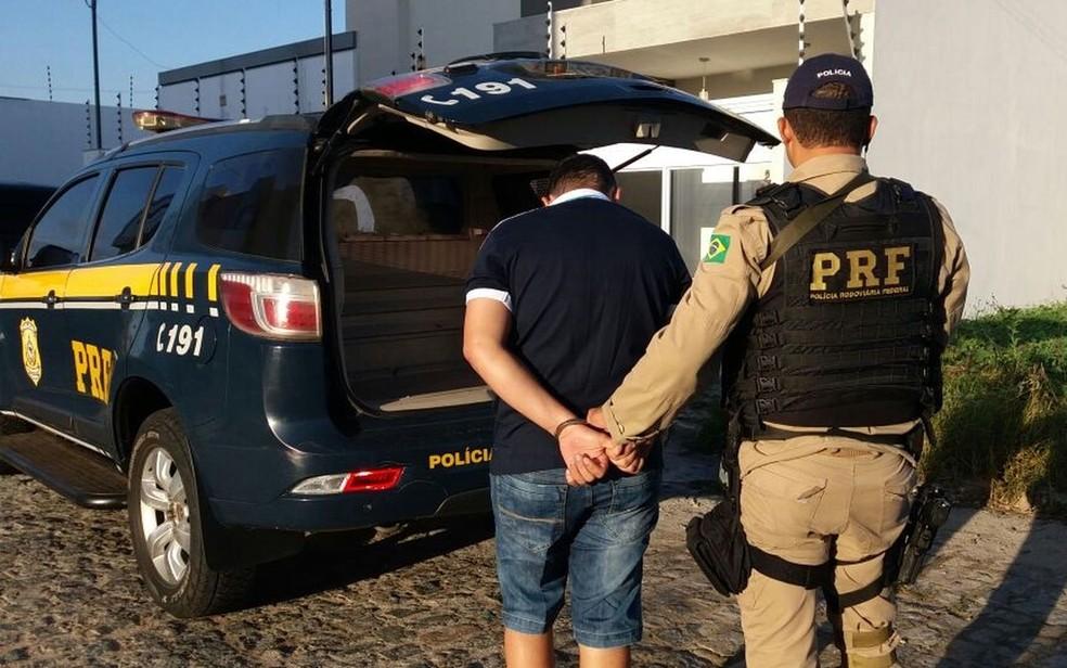 Sete pessoas são presas em operação da PF e PRF em Itabaiana (Foto: PRF/SE)