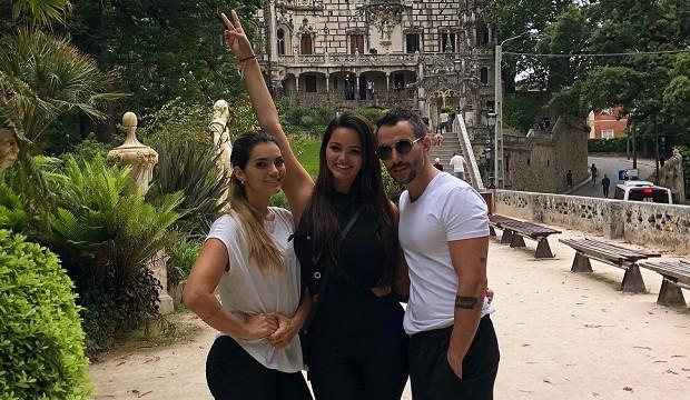 Kelly Key, Suzanna Freitas e Mico Freitas posam para foto em Portugal (Foto: Reprodução/Instagram)