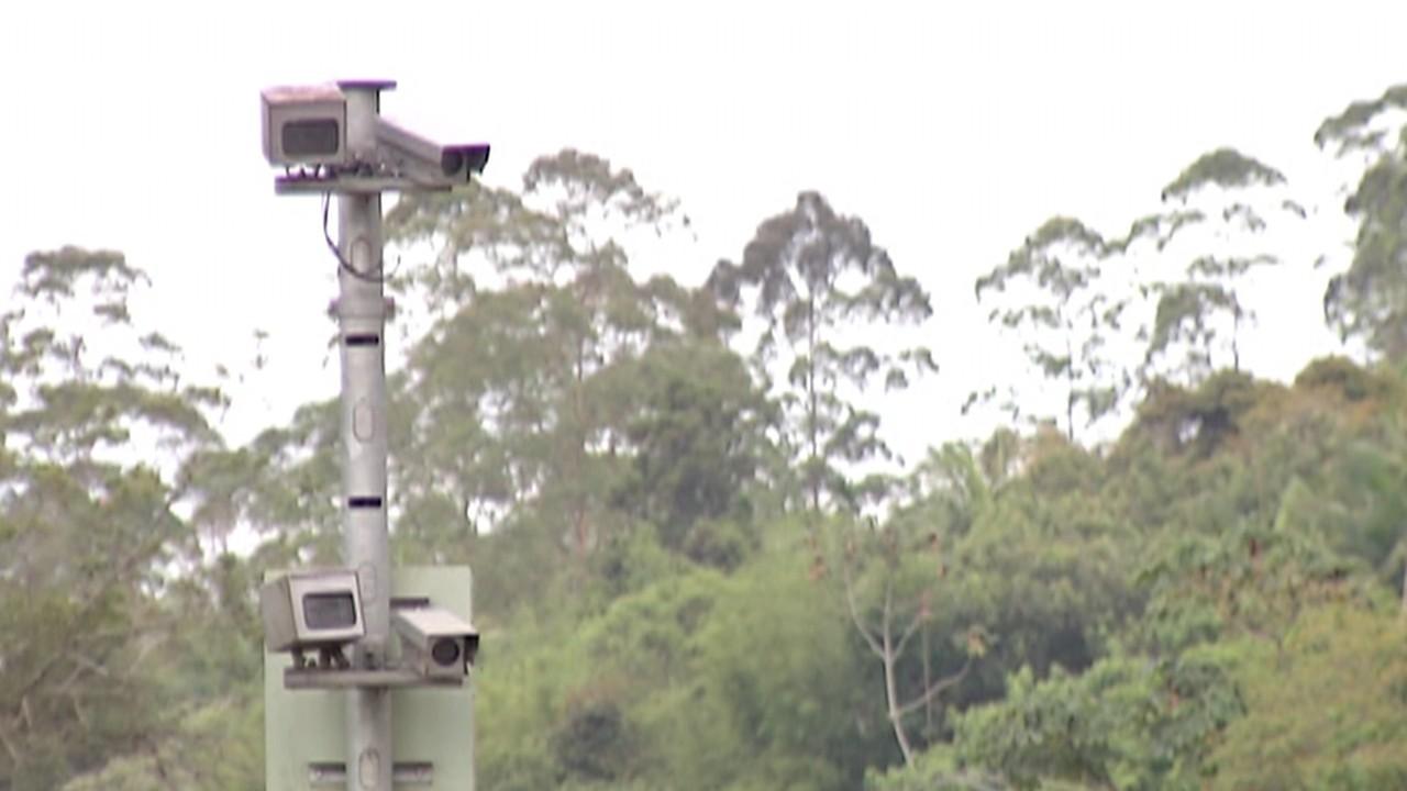 Governador sanciona lei que obriga disponibilizar na internet locais com radar