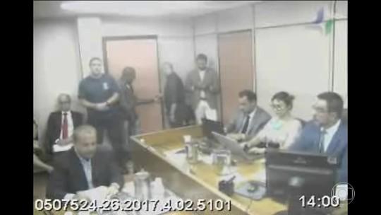 Cabral afirma que 'Rei Arthur' pagou R$ 6 milhões em caixa 2 para campanha de Paes em 2008