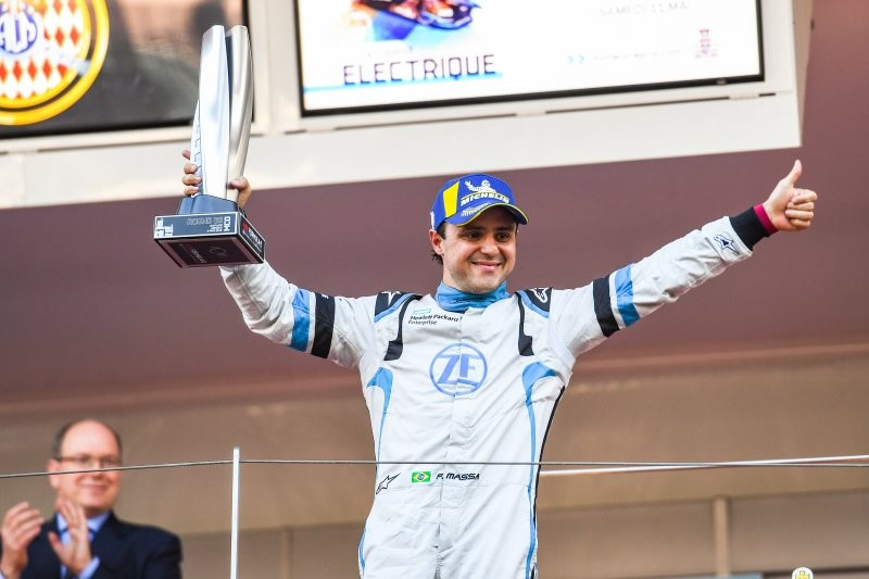 Felipa Massa sobe ao pódio na etapa de Mônaco da Fórmula E (Foto: Divulgação/ Fórmula E)