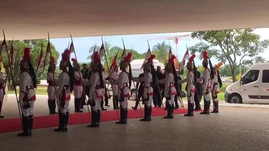 Evo Morales chega ao Planalto para posse de Bolsonaro