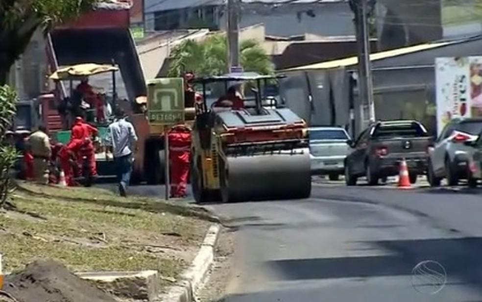 Obras na Avenida Beira Mar, em Aracaju — Foto: Reprodução/TV Sergipe/Arquivo