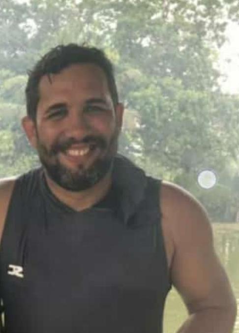 Professor de 34 anos morre de Covid dias depois de reencontrar família no AC: 'Virou despedida'