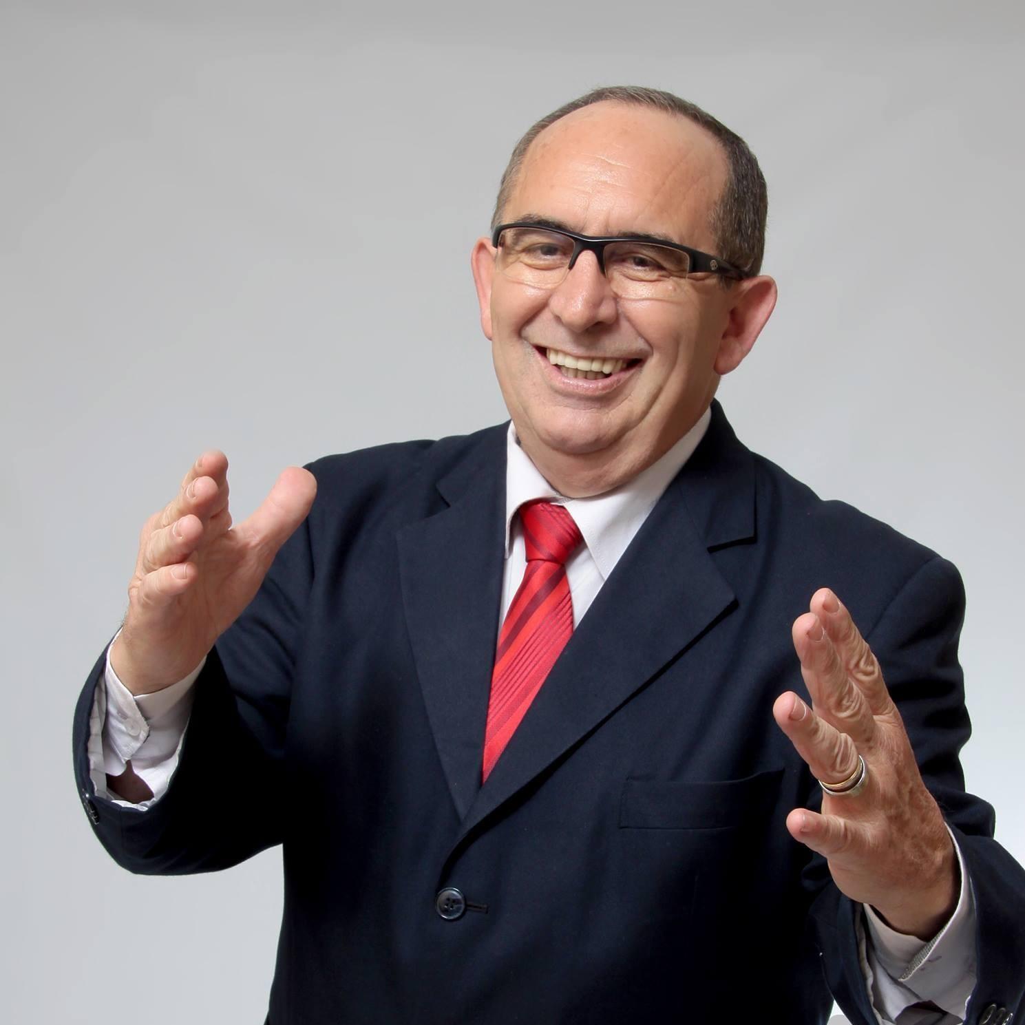 Delegado Rubens Recalcatti, deputado estadual no Paraná, morre aos 72 anos após infarto