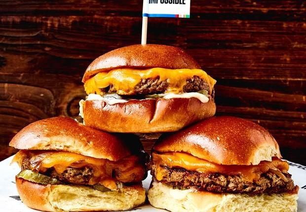 Hambúrguer é produzido com todos os ingredientes derivados de plantas (Foto: Impossible Foods)