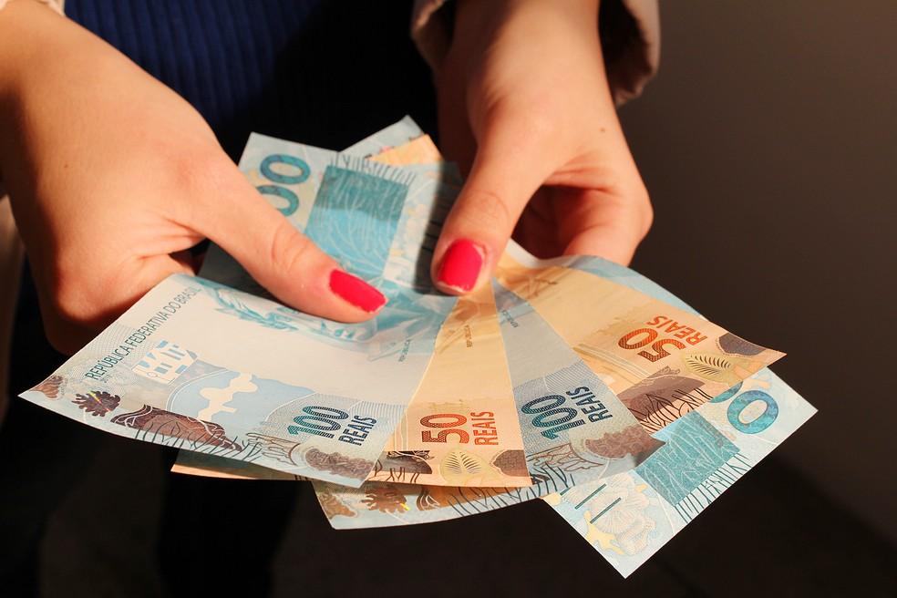 -  Número de uberabenses com dívidas em atraso deve cair progressivamente a partir de março  Foto: Marcos Santos/USP Imagens
