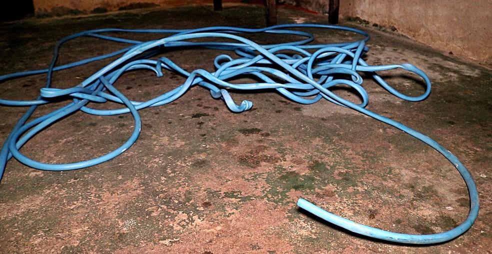 Suspeito tentou roubar mangueira de vizinho em Parnaíba (Foto: Kairo Amaral/TV Clube)