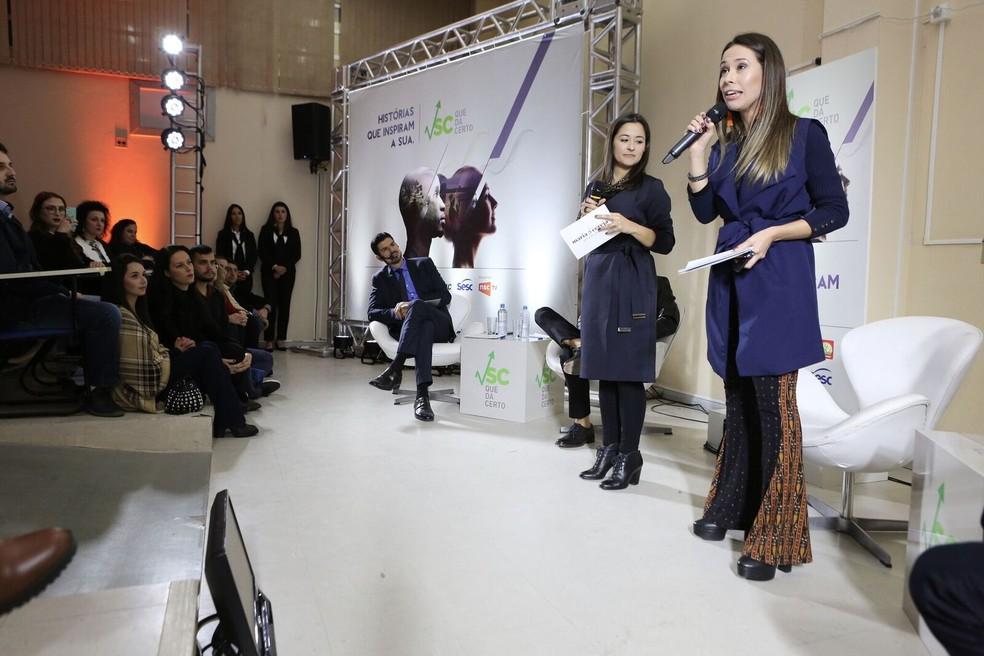 Alice Coelho de Souza e a irmã, Aline Coelho de Souza, apresentaram a história da marca criada por elas: a Maria Cereja (Foto: José Somensi/Divulgação)