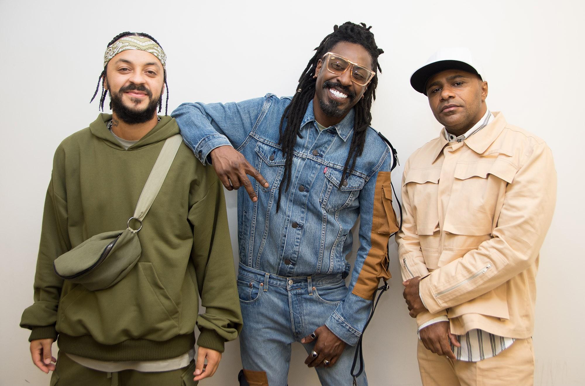 Pixote lança álbum 'Drive in' com registro integral de show feito com convidados como Léo Santana