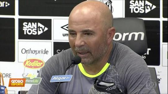 Sampaoli garante Vanderlei como titular, mas admite interesse em Everson
