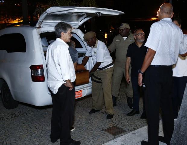 Velório de Domingos Oliveira  (Foto: ROBERTO FILHO / BRAZIL NEWS)