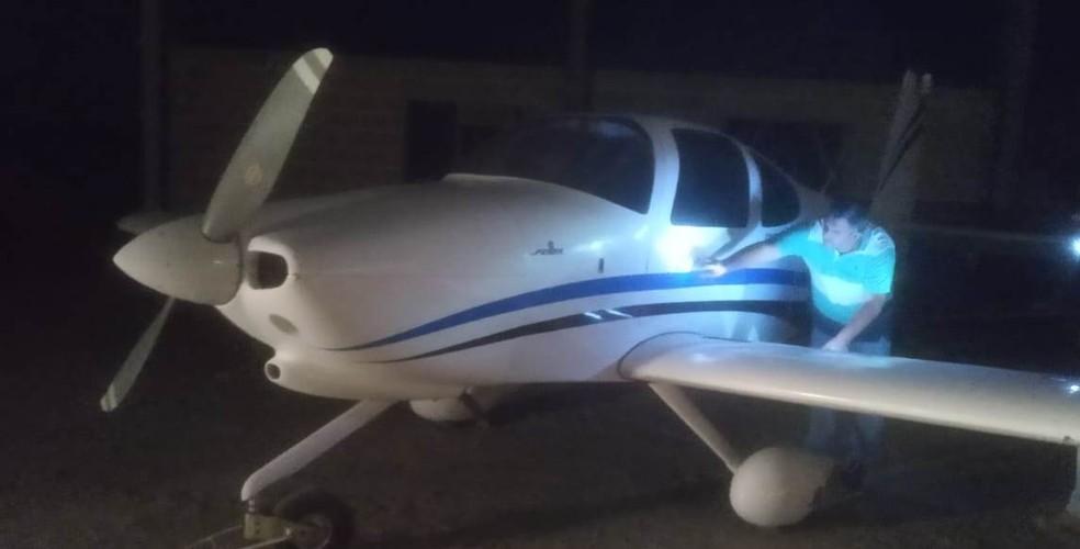Aeronave apreendida em São José do Rio Pardo pela Dise de Casa Branca — Foto: Dise/Divulgação