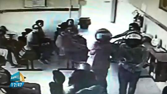 Pacientes e funcionários de UPA são assaltados por dupla armada em Irecê, na BA