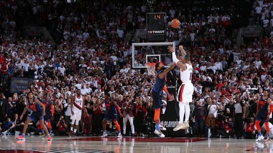 NBA tem 1º tempo surreal e cesta épica de Lillard, alfinetada a Dudley, e   Kawhi ovacionado